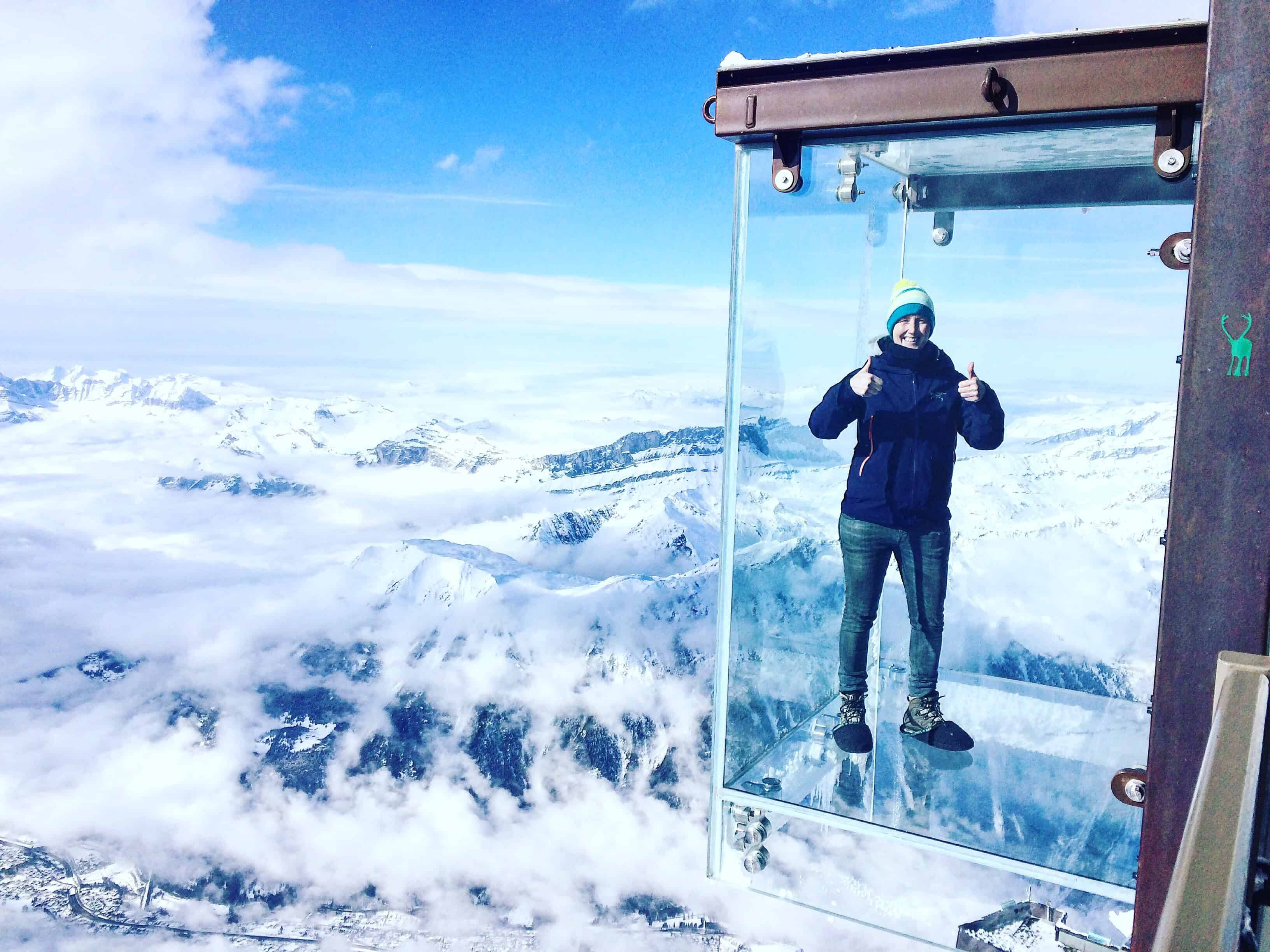 Step into the Void - a glass box suspended 1000m high