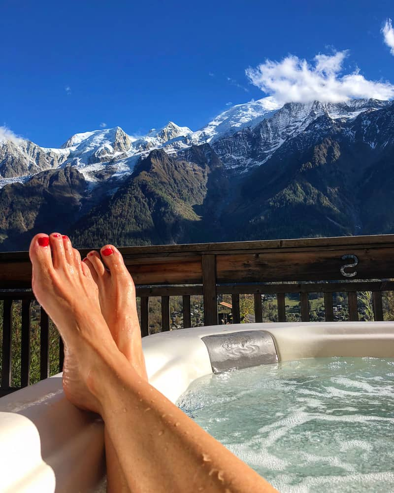 yoga retreat in France hot tub