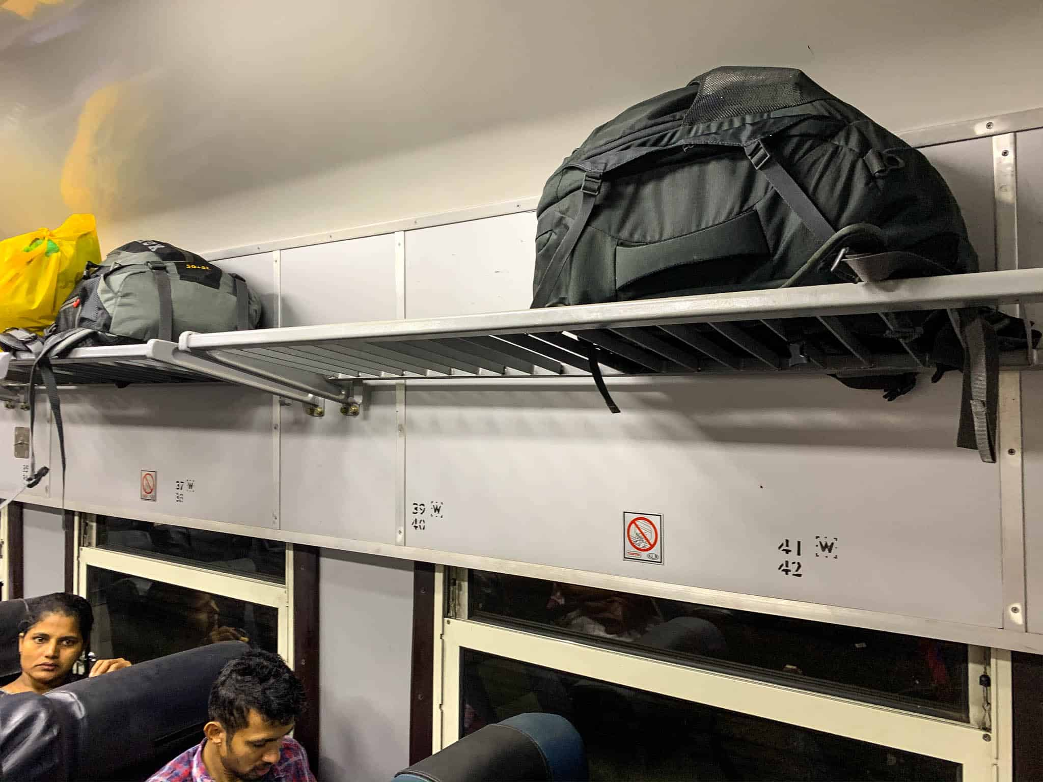 luggage racks Sri Lanka trains