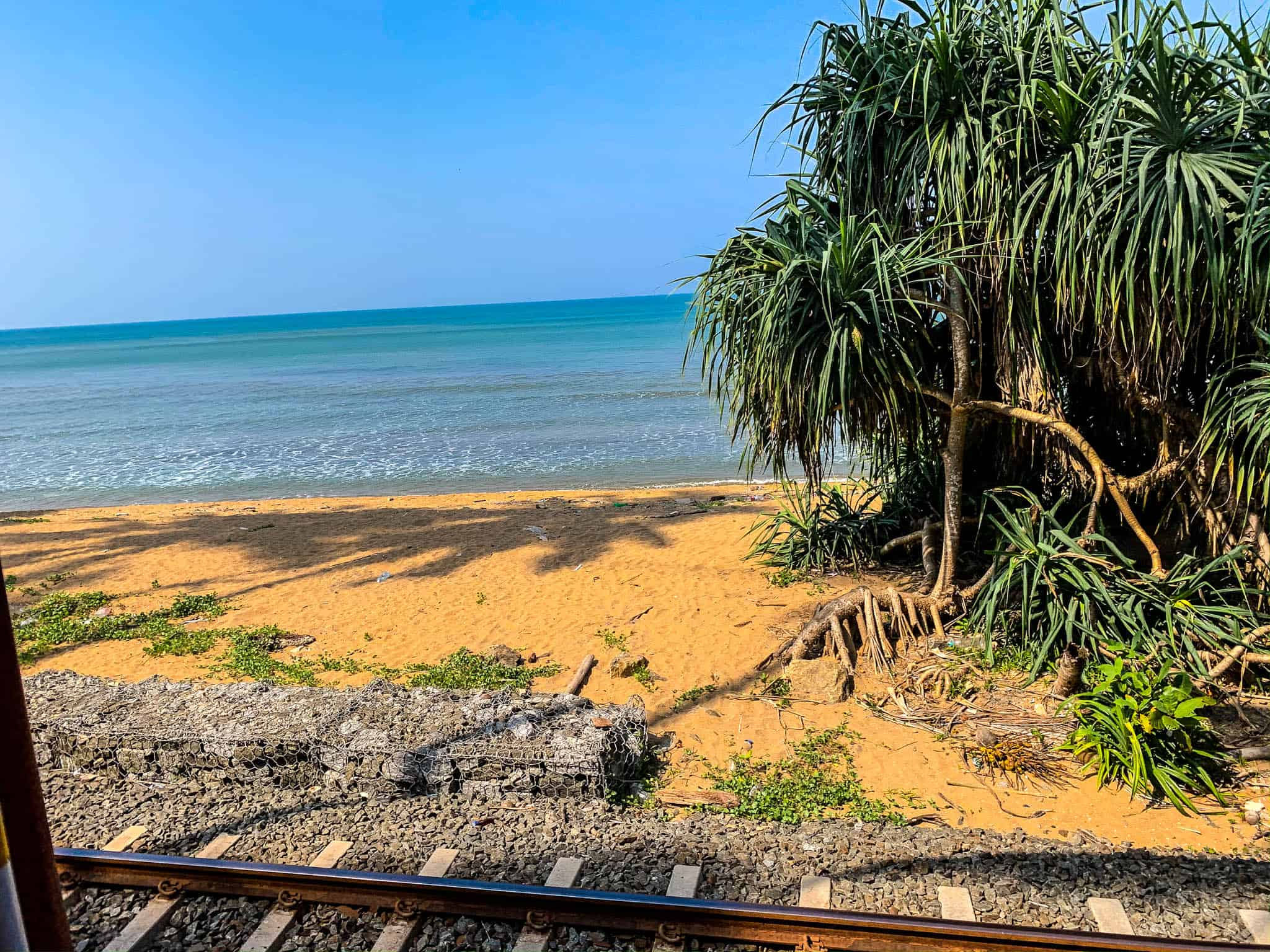 train views Colombo to Galle